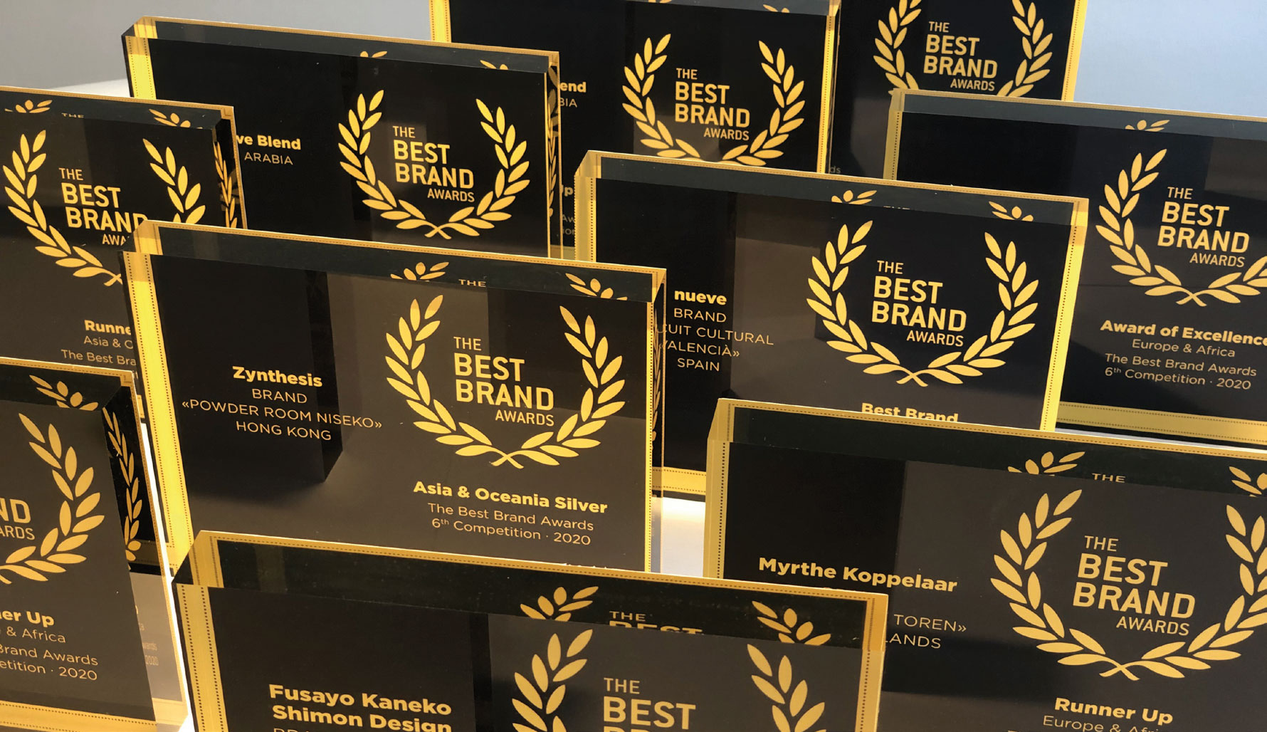 Best Brand Awards | Trophies